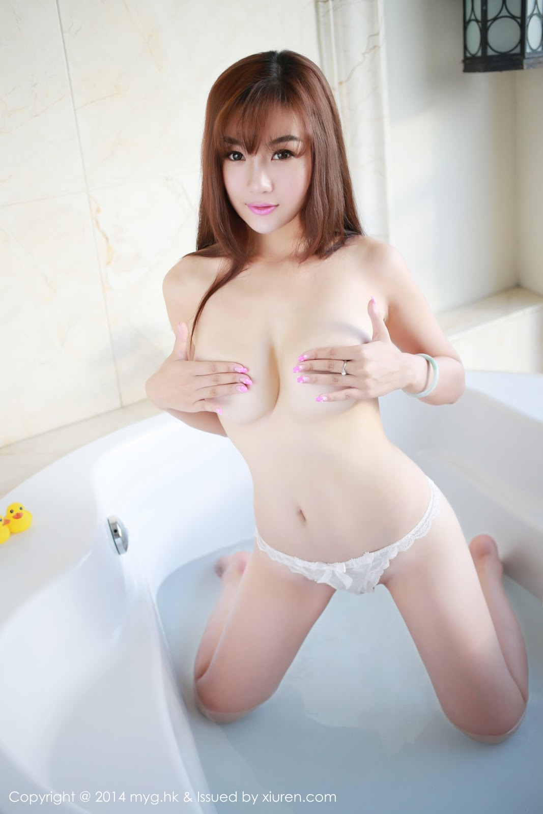 0004 - Beautiful Naked Girl Model MYGIRL VOL.35