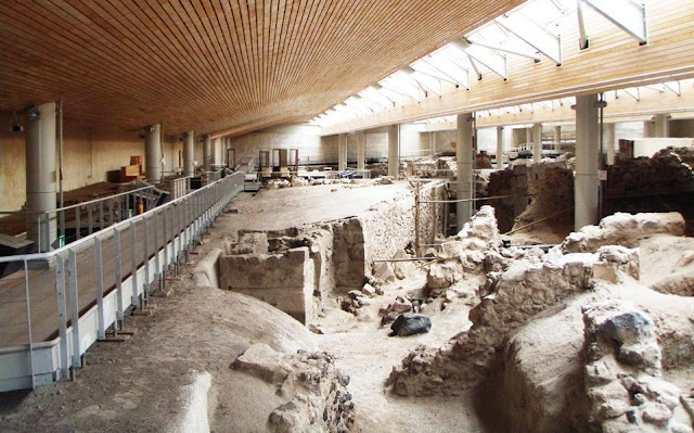 Akrotiri excavations on Santorini restart with funding injection from Eugene Kaspersky
