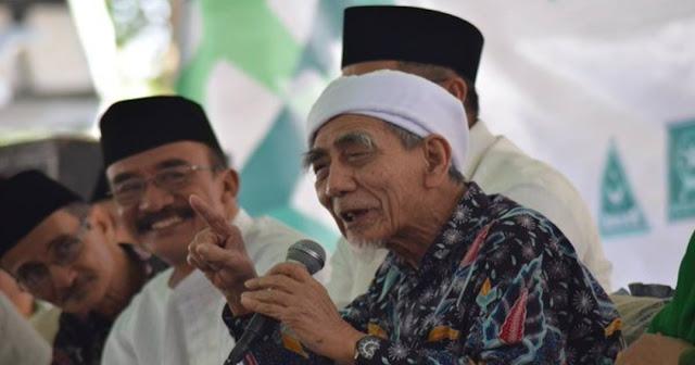 KH Maimoen Zubair : Sekarang Tidak Ada Khilafah, Adanya Indonesia