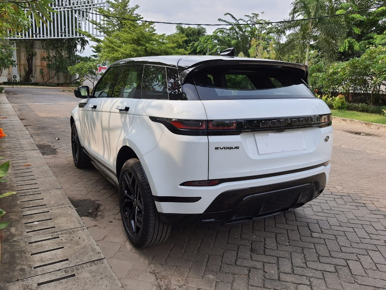 NEW  RANGE ROVER EVOQUE 2021