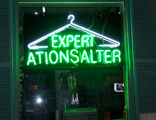 expert alterations engrish bespoke tailor fail sign