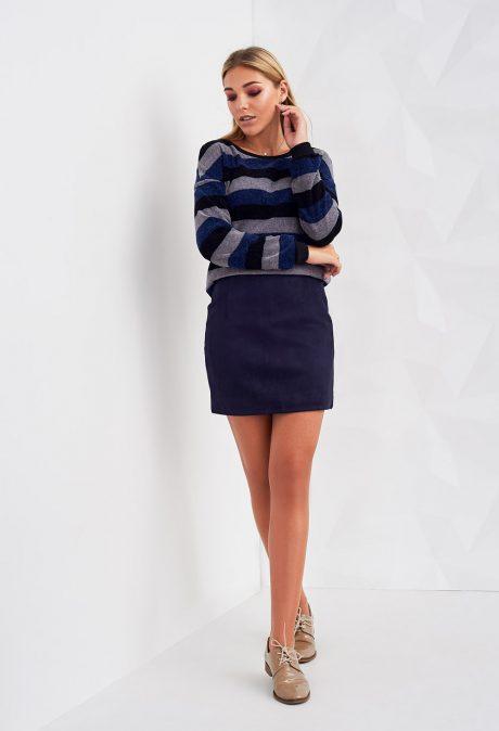9792c1de31334 Сохранят популярность женские юбки с завышенной талией, длиной слегка ниже  колена, а вот ассиметричные модели хоть и утратят ...