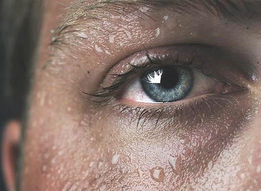 Kekurangan cairan menjadi penyebab sakit asam urat