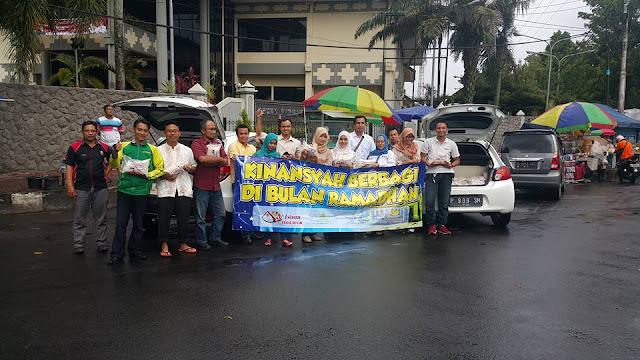 PT Khinansyah Group bersama Lazismu Jember siap sebar sembako