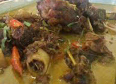 Resep praktis (mudah) kurma kambing khas aceh enak, sedap, empuk, gurih, nikmat lezat