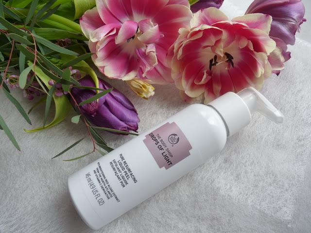 The Body Shop Drops of Light Liquid Peel – wyroluj zanieczyszczenia skóry