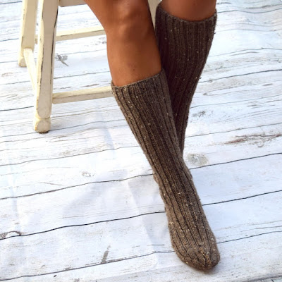 https://www.etsy.com/listing/532938889/below-the-knee-socks-rustic-style-womens?ref=shop_home_active_7