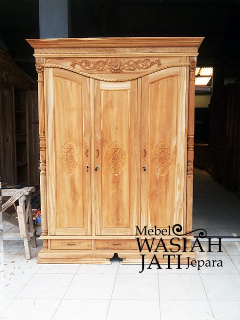 Lemari Pakaian produk Toko Mebel Wasiah Jati Jepara