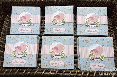 convite de aniversario infantil personalizado artesanal floral vintage azul claro shabby chic jardim encantado passarinhos bebe 1 aninho menina delicado festa