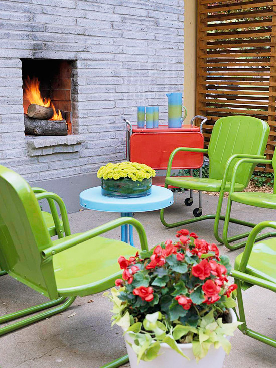 Modern Furniture: Colorful Outdoor Decorating For Summer 2013 on Backyard Garden Decor id=84073
