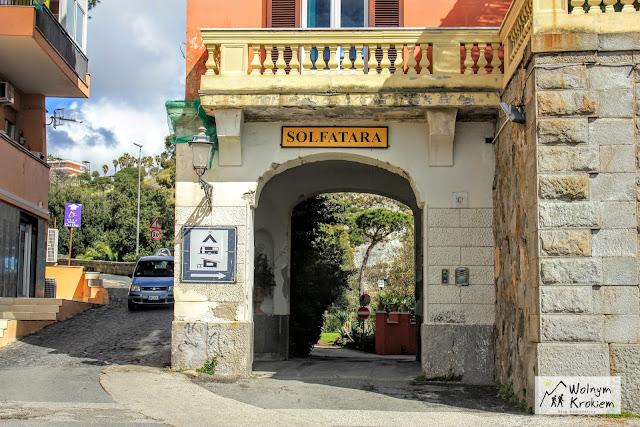 Solfatara entrance