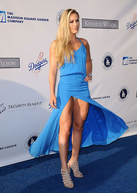 Gone with the wind! Lindsey Vonn suffered a slight wardrobe ...