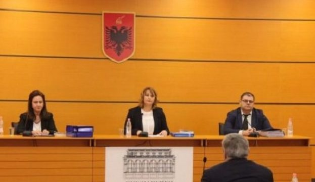 Prosecutors Artur Selmani and Luan Dervishi dismissed from office by Vetting