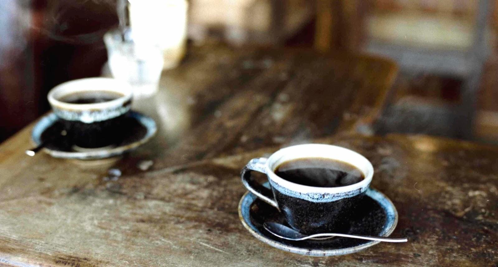 http://www.saintmaximeantony.org/2017/02/le-cafe-de-maxime.html