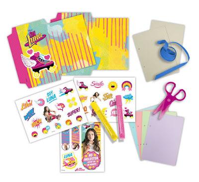 Libros y juguetes 1demagiaxfa juguetes disney soy for Crea tu mural disney