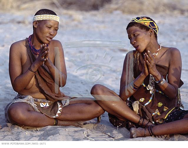 bushwoman San Bushmen People, The World Most Ancient Race People In Africa