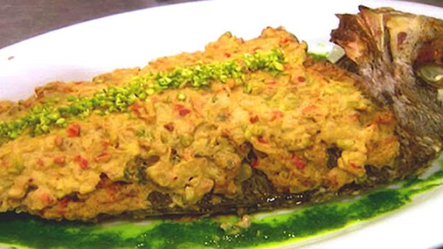 Baked fish with pistachio and tahini