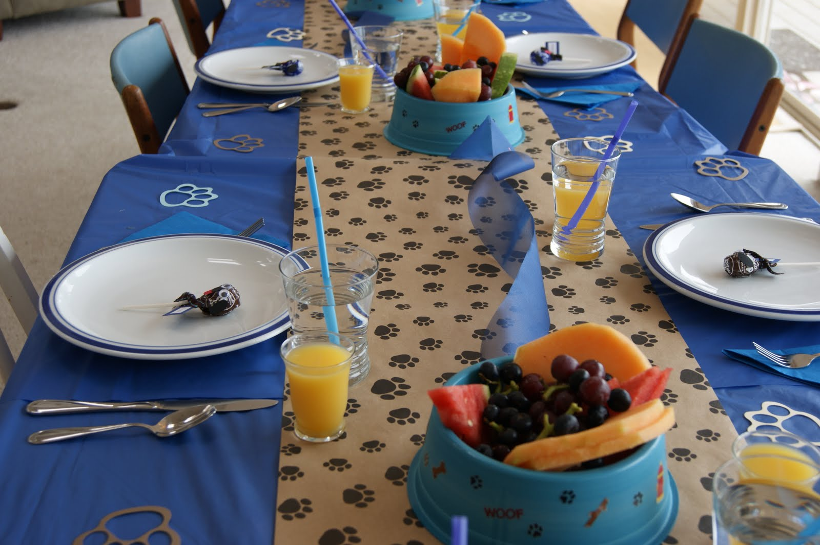 PARTY Guest Post: Puppy Themed Party - The Foley Fam