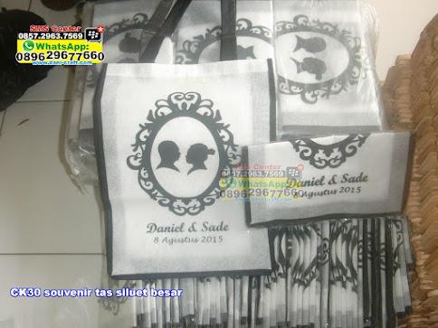 souvenir tas siluet besar unik