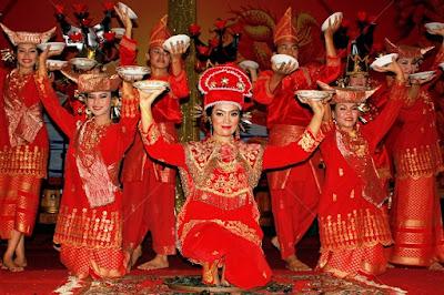 10 Tari Tradisional dari Minangkabau