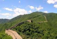 ما هو سور الصين العظيم - (تعريف - اسباب بناء - من بناه)