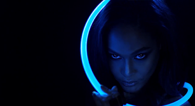 Day 20 : Joan Smalls - 2016 LOVE Advent Calendar by Hype Williams.