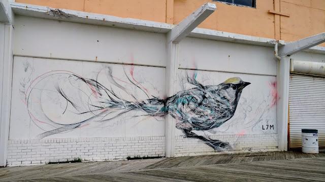 Мурал художника L7M, Еcбері-Парк, Нью-Джерсі(A mural by L7M, Asbury Park, NJ)