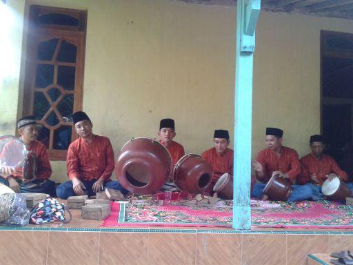 Terbangan (rebana) musik tradisional jawa