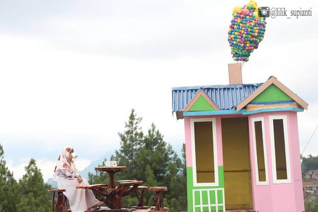 Info Lengkap Top Selfie Pinus Kragilan,  Spot Selfie Keren di Magelang