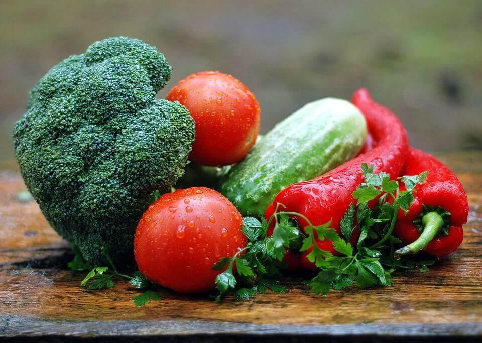 Daftar makanan sehat untuk nutrisi otak