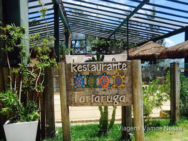 Restaurante da Pousada Tartaruga, local muito bonito e sofisticado, com serviço de praia