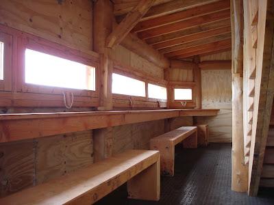 round wood design