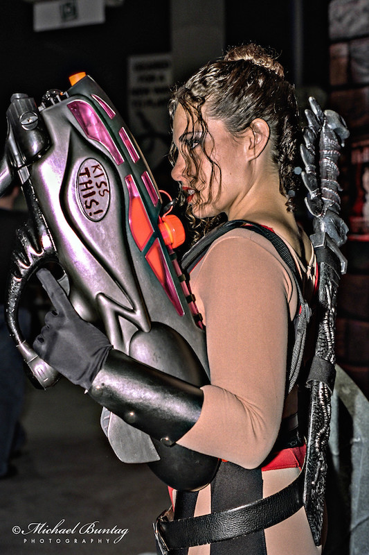 Cosplayer, Comic-Con International, San Diego Convention Center, Marina District, San Diego, California. Kodak Kodacolor Gold 400 GC Color Negative c-41 Film ISO 400, 35mm. Sunpak 4000AF Flash.