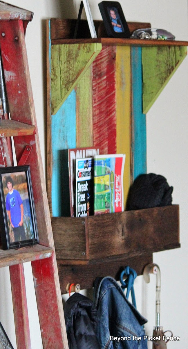 junkers united reclaimed wood shelf http://bec4-beyondthepicketfence.blogspot.com/2014/04/junkers-unite-with-reclaimed-wood-shelf.html