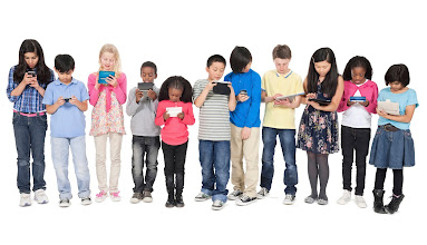 Learn How to Tackle Technology with Children in the Digital Age