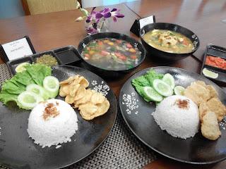 Sop Buntut dan Soto Ayam khas Grand Zuri BSD City
