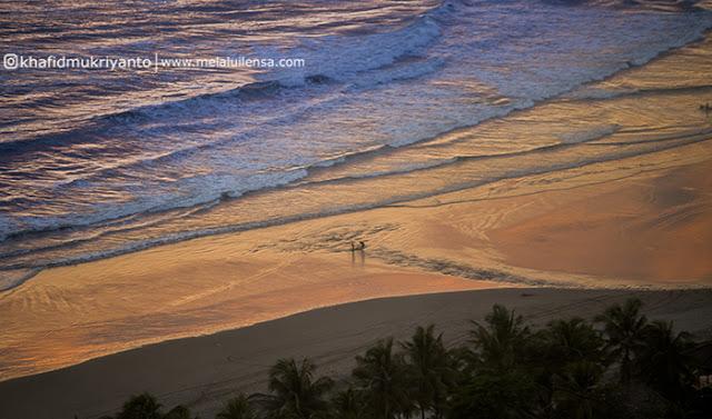 Bukit Paralayang: Tempat Asyik Melihat Sunset Parangtritis