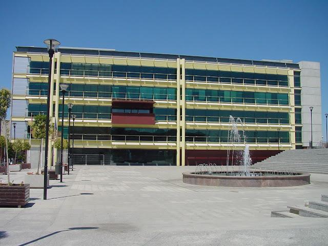 http://www.portalparados.es/autonomias/madrid/aumentan-a-102-los-cursos-gratuitos-que-ofrece-el-ayuntamiento-de-fuenlabrada-en-su-plataforma-online/