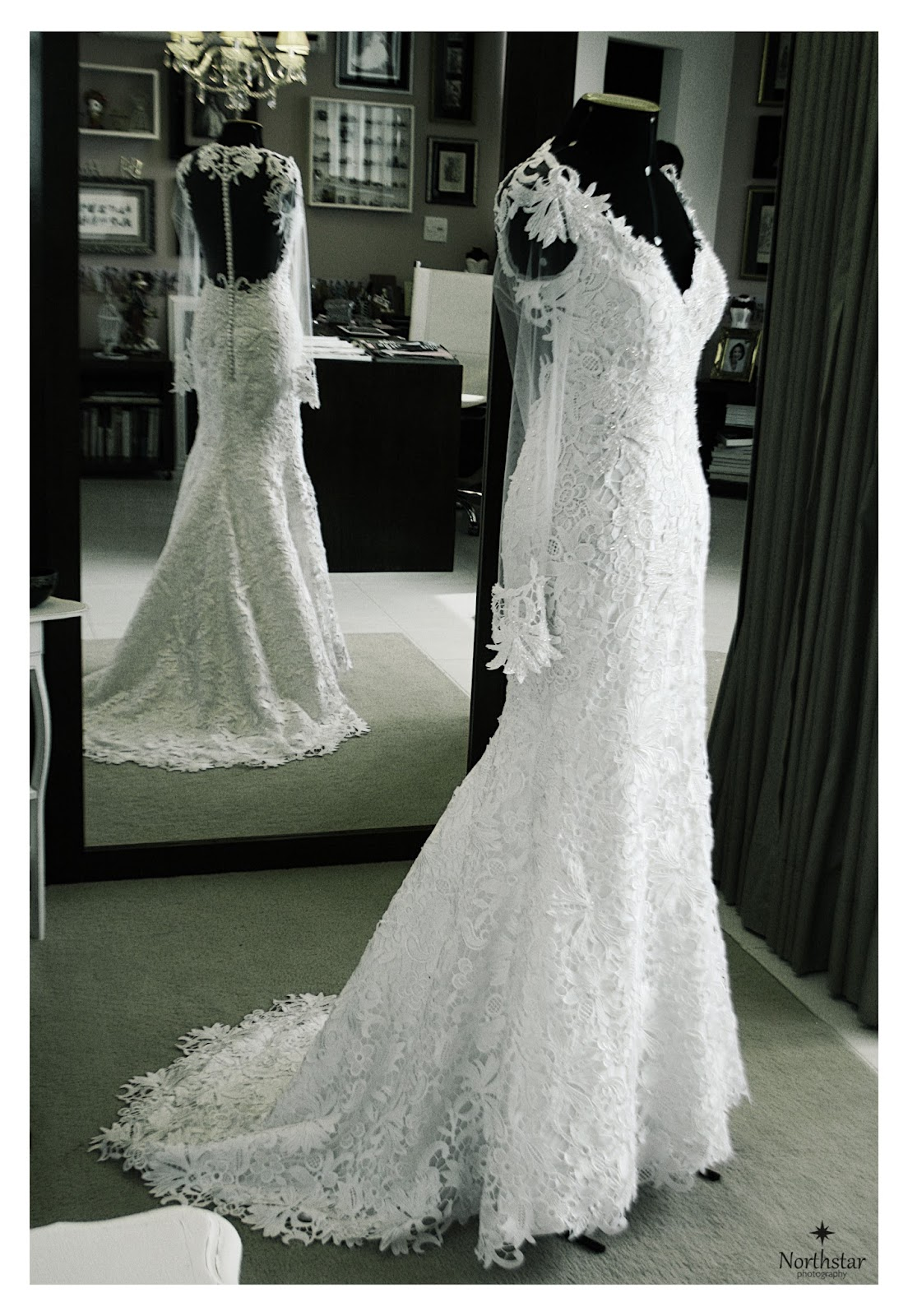 a0fed73f6 O vestido de noiva da Clarisse, ousado, sexy e elegante - By Paula ...