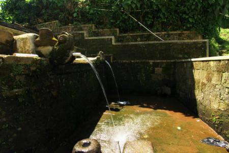 Tuk Bima Lukar, Sumber Mata Air Sakral di Dieng Jawa Tengah