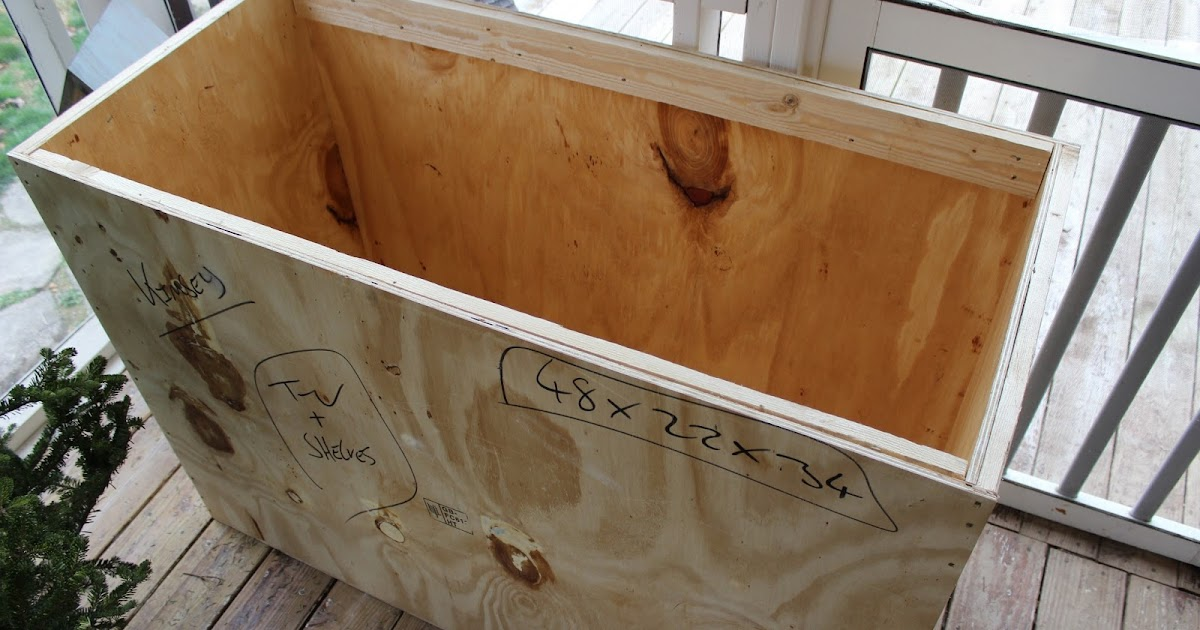 CREATIVE AMBITIONS Shipping Crate Desk