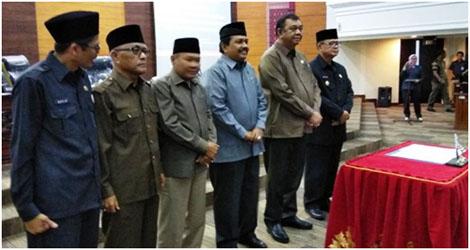 Fraksi-Fraksi DPRD Sumbar Sorot Tajam Pertanggungjawaban Pelaksanaan APBD Tahun 2017.