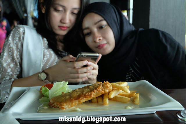 menu makanan di belle vue Gh Universal Bandung