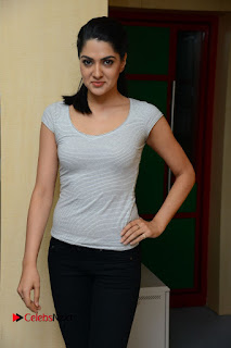 Actress Sakshi Chowdary Pictures in Black Jeans with Selfi Raja Team at Radio Mirchi  0036