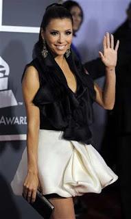 7 Eva Longoria no Grammy 2011