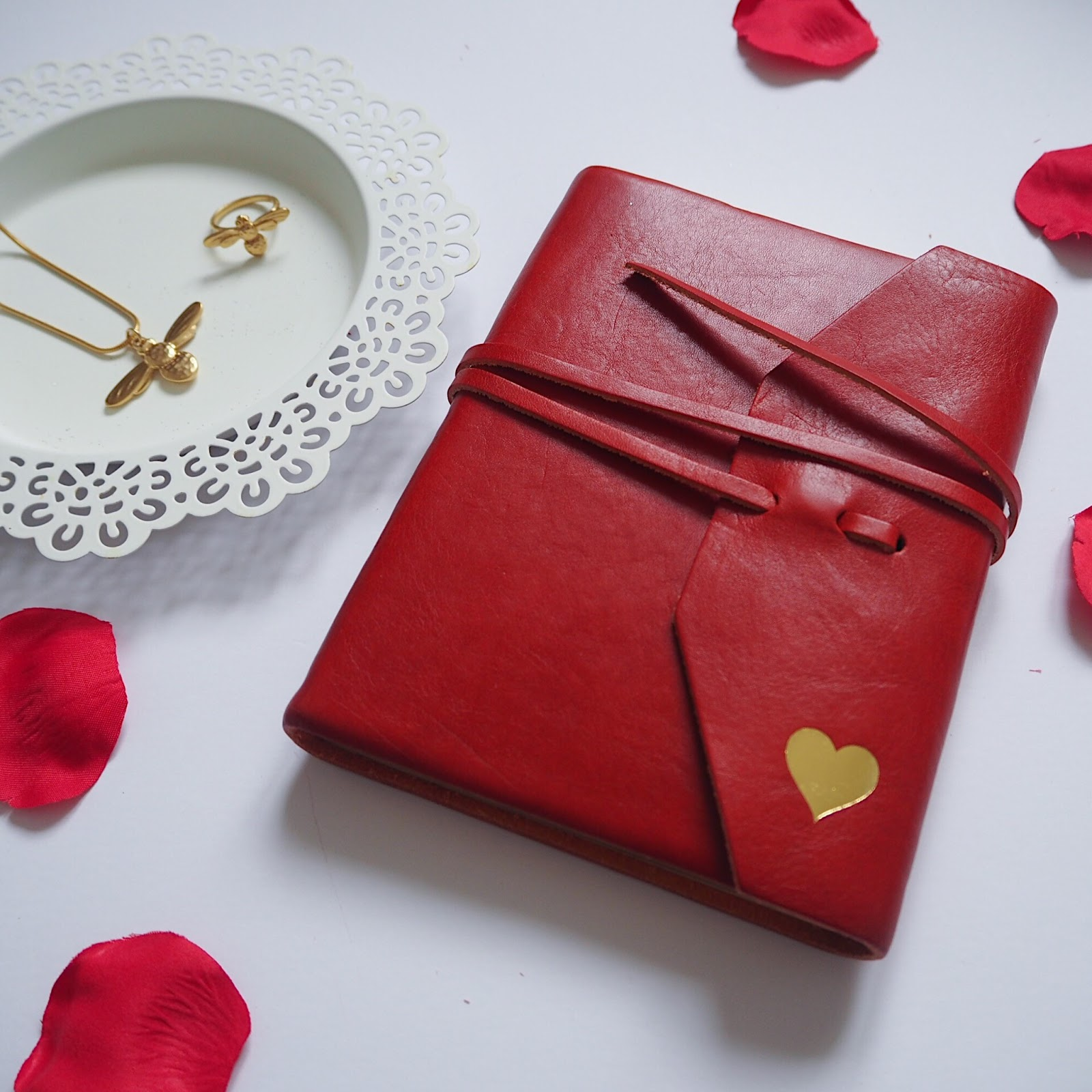 Valentine's Day Gift Guide (For Grown-Up Girls) - What Lizzy Loves
