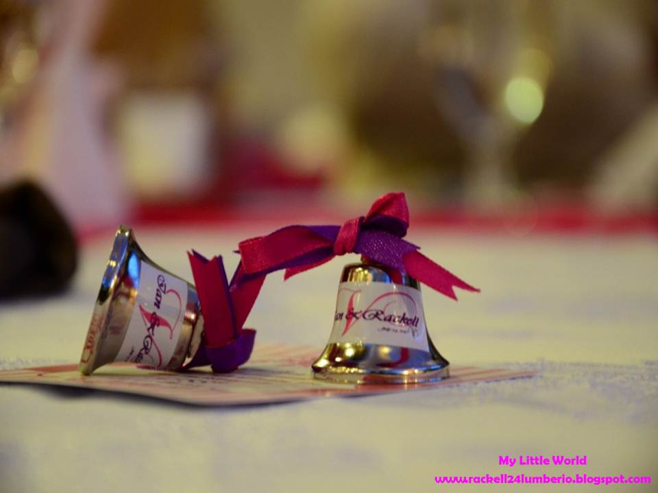 DIY Souvenirs: Wedding Bells and Personalized Table Napkin ...