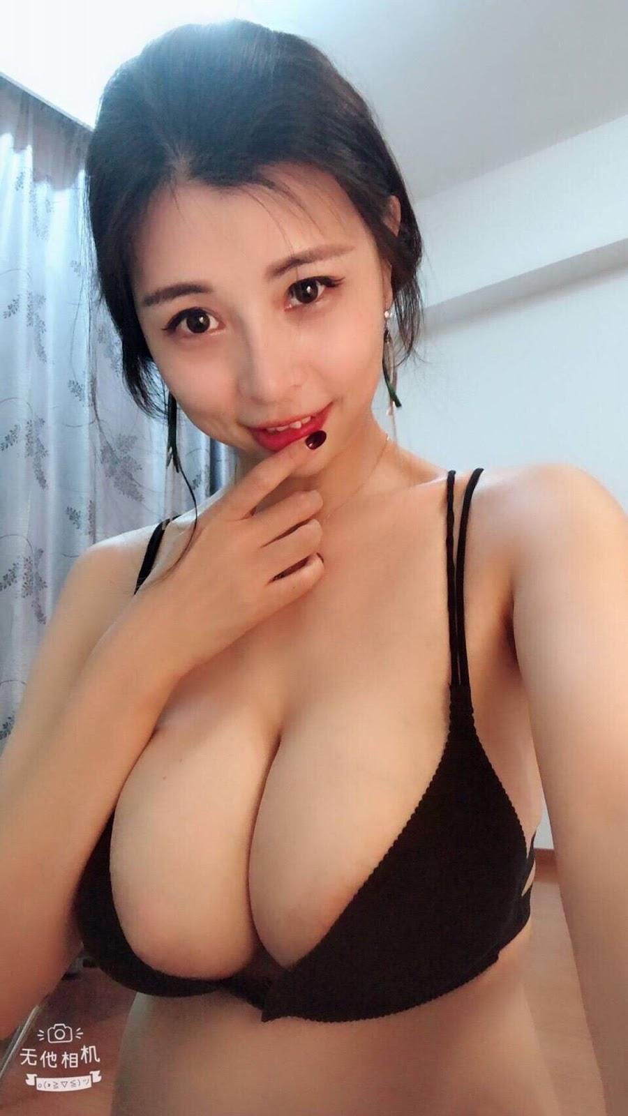 aHR0cHM6Ly93d3cubXlteXBpYy5uZXQvZGF0YS9hdHRhY2htZW50L2ZvcnVtLzIwMTkwOC8yMC8wODM0MzE4ZHIzenNydGgzZGlxcWQ4LmpwZy50aHVtYi5qcGc%253D - 成都瓶儿 - Chengdu Pinger big tits selfie nude 2020
