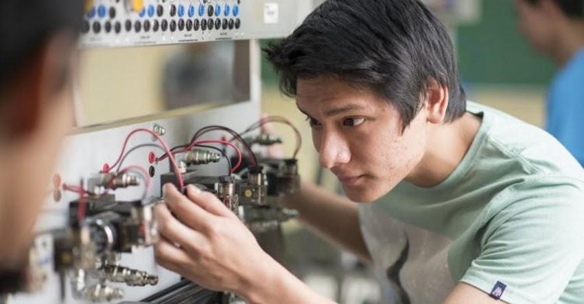 Perú registra déficit de hasta 200 mil técnicos por año