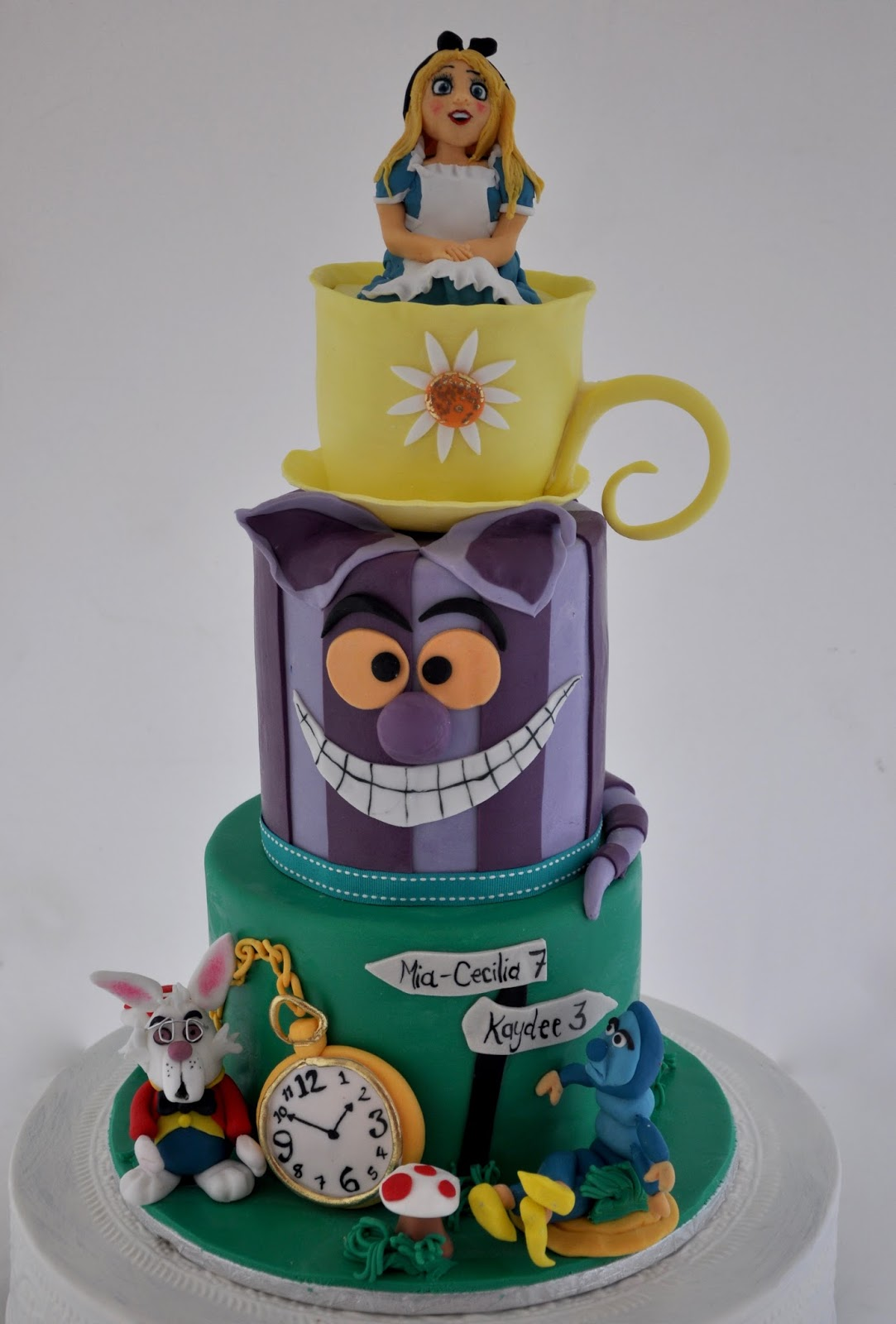 rozanne s cakes alice in wonderland cake on birthday cakes durbanville cape town